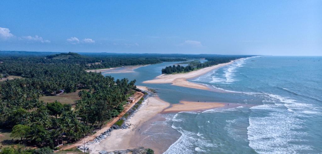 someshwara beach byndoor